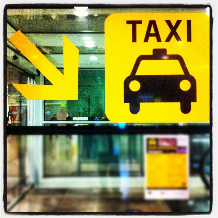 Taxi Barcelona: Taking Taxi In Barcelona: A Survival Guide